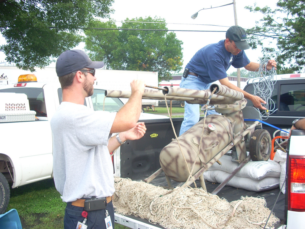 Dave Marks and colleague with Cannon net